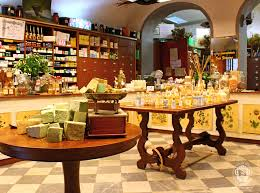 Perfume Workshop And Sensory Experience In Florence