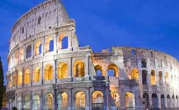 Historical walk to the Colosseum, Roman Forum, Venice Square