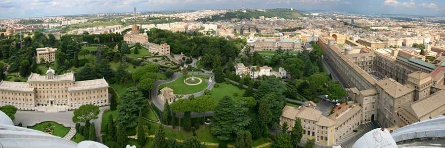 Vatican Garden by open bus